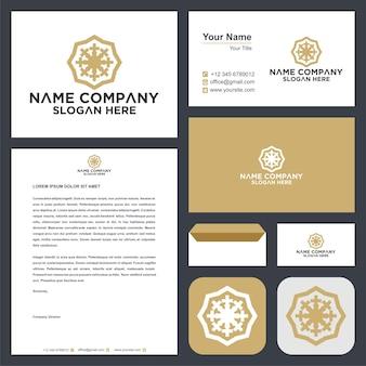 Ornament w stylu liścia koło mandali logo i wizytówka