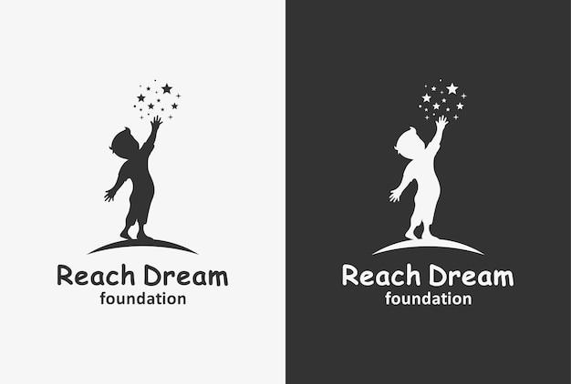 Osiągnij wymarzony projekt logo z elementem dziecka i gwiazdy.