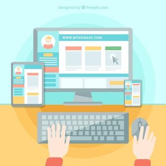 Osoba pracująca na stronie internetowej