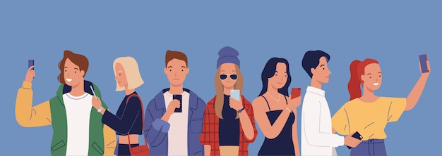 Osoby korzystające z telefonów komórkowych.