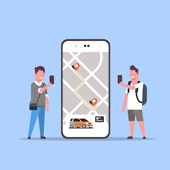 Osoby korzystające z zamawiania online taksówki dzielenie aplikacji mobilnej koncepcja transportu usługi car carsharing aplikacja mężczyzna kobieta w pobliżu ekranu smartfona z mapą gps