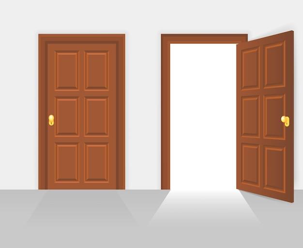 Otwarte i zamknięte drzwi frontowe domu. drewniane otwarte wejście z świecącym światłem.