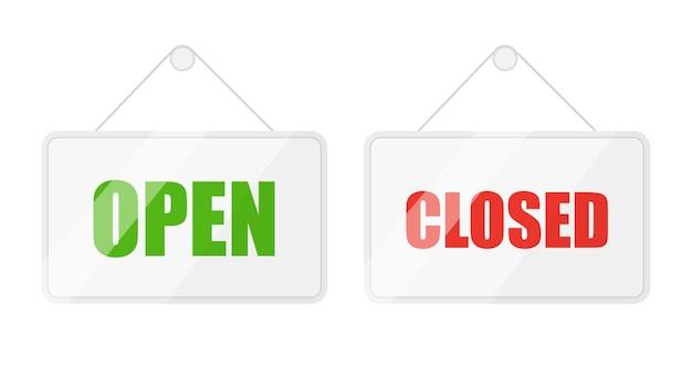 Otwarte i zamknięte znaki dla drzwi izolowane