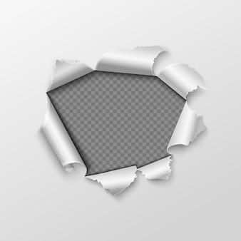 Otwór papierowy z podartymi krawędziami
