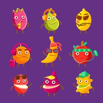Owoce tropikalne fajne postaci z kreskówek na wakacje zestaw kolorowych artykułów humanizowanej żywności