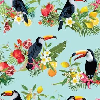 Owoce tropikalne, kwiaty i ptaki tukan bezszwowe tło. retro letni wzór
