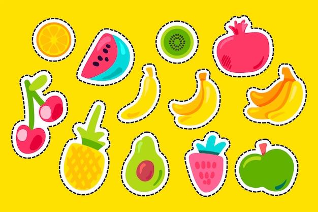 Owoce tropikalne płaski wektor zestaw. ananas, truskawka, granat. naklejki wektorowe ustawione na pomarańczowo