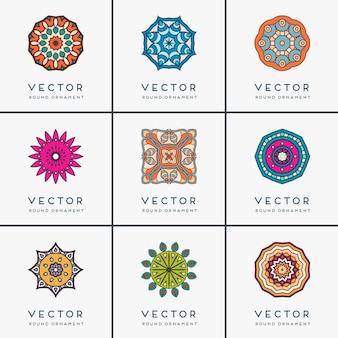 Ozdoba piękne karty z elementem mandala geometria koła wykonane w wektorze