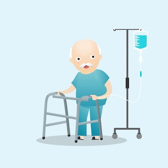 Pacjent stojący z dożylnym roztworem soli fizjologicznej.