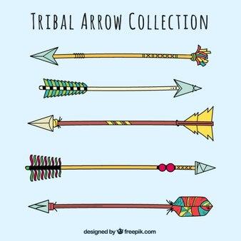 Paczka kolorowymi strzałkami plemiennych