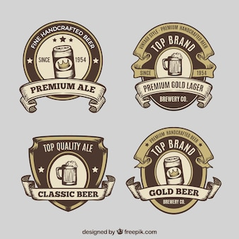 Pakiet retro narysowanych ręcznie etykiet piwa