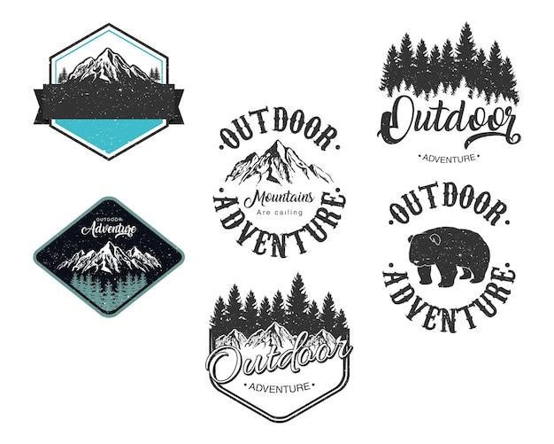 Pakiet sześciu ilustracji emblematów z napisami przygodowymi na świeżym powietrzu