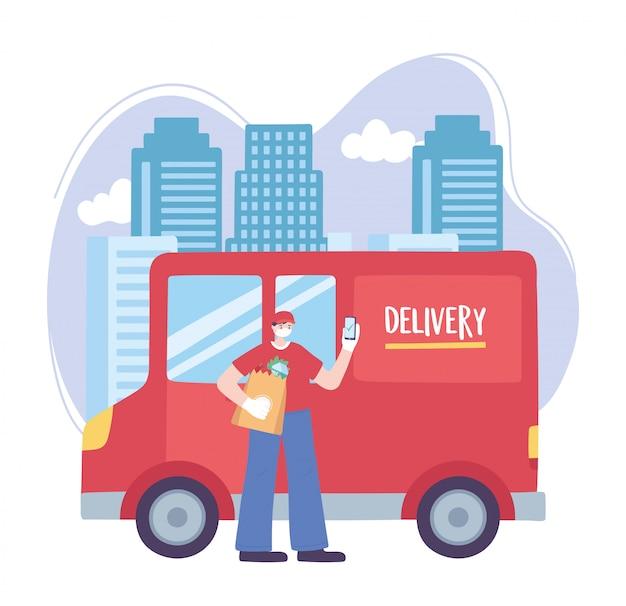 Pandemia koronawirusa, usługa dostawy, człowiek dostawy z telefonem komórkowym i ciężarówką w mieście, nosić ochronną maskę medyczną