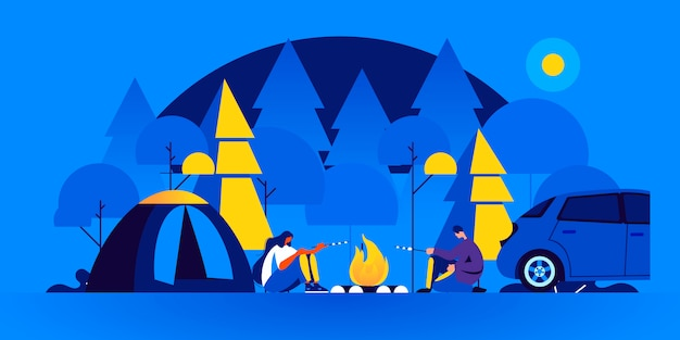 Para turystów siedzi przy ognisku i gotuje marshmallow w campingu przy nocą