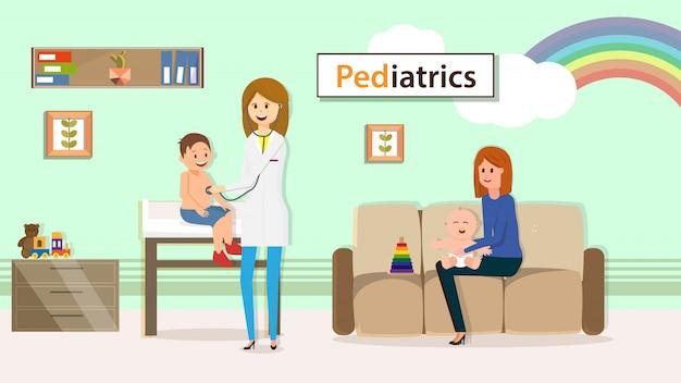 Pediatra egzamininuje chłopiec siedzi na stołowym mieszkaniu