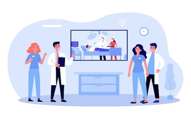Personel medyczny ogląda film z operacji. ilustracja wektorowa płaski. lekarze i pielęgniarki oglądają transmisję na żywo z operacji. edukacja, nowoczesna technologia, medycyna, szpital, koncepcja leczenia