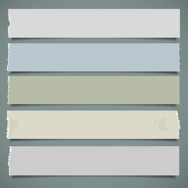 Pięć realistycznych banerów papierowych