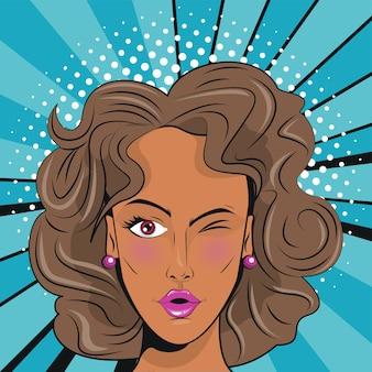 Piękna brunetka kobieta stylu pop-art.