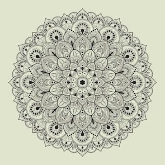 Piękna etniczna mandala ze złożonym kwiatowym wzorem