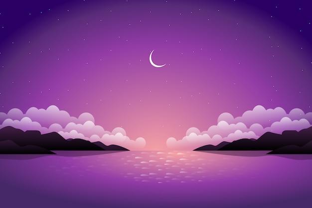 Piękna góra i purpurowe niebo z widokiem na morze