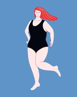 Piękna kobieta plus size z trzepoczącymi rudymi włosami w jednoczęściowym kostiumie kąpielowym body positive curvy female