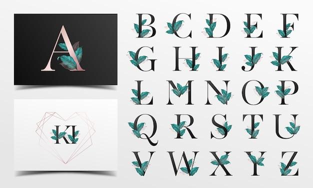 Piękna kolekcja alfabetu z dekoracją liści akwarela