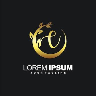 Piękna litera e z luksusowym logo ramki liści