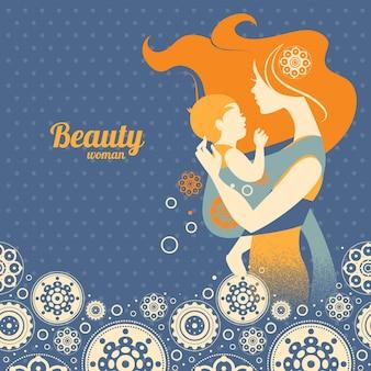 Piękna sylwetka matki z dzieckiem w chuście i kwiatowym tle