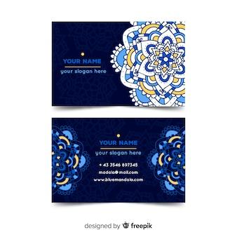 Piękna wizytówka w stylu mandali