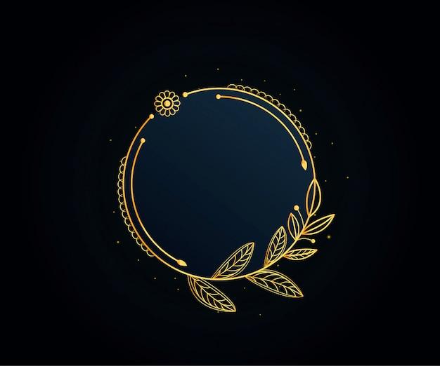 Piękna złota ramka w kwiaty
