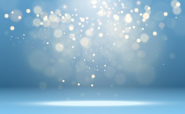 Piękne iskry świecą specjalnym światłem. błyszczy