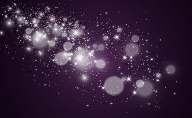 Piękne iskry świecą specjalnym światłem. oświetlenie świąteczne