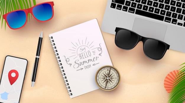 Piękne letnie wakacje tło. widok z góry na muszle, okulary przeciwsłoneczne, smartfon, notatnik i piasek morski. ilustracja.