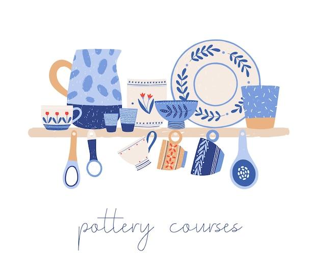 Piękne ręcznie wykonane ceramiczne zastawy stołowe ręcznie rysowane ilustracji wektorowych. element projektu reklamy kursów ceramiki. ręcznie robione talerze, kubki, dzbanki i łyżki z ozdobnymi, ręcznie malowanymi ornamentami.
