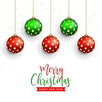 Piękne wesołych świąt bożego narodzenia tło z realistyczną piłkę dekoracji