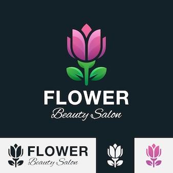 Piękno różane logo, kwiat lub kwiatowe logo dla spa, salonu, kosmetyki