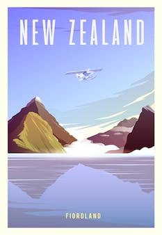 Piękny krajobraz w słoneczny dzień w nowej zelandii z górami, milford sound, morzem i samolotem.