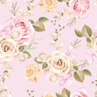 Piękny kwiatowy i pozostawia wzór