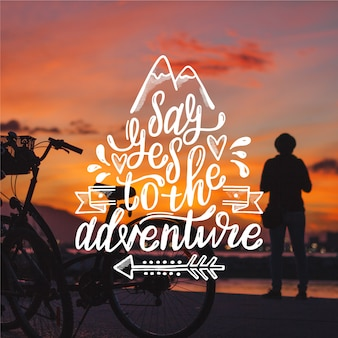 Piękny napis przygodowy podróży