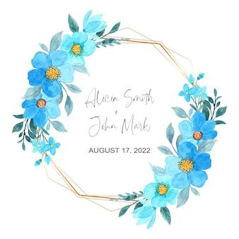 Piękny niebieski kwiatowy akwarela ze złotą ramą