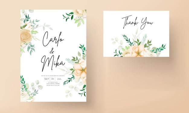 Piękny rysunek kwiatowy zaproszenie na ślub szablon zestawu
