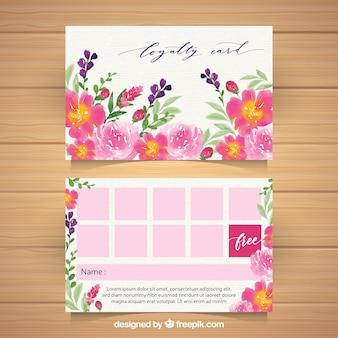Piękny szablon karty lojalnościowej z kwiatowym stylu