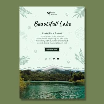 Piękny szablon ulotki pionowej jeziora