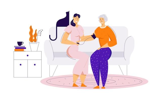 Pielęgniarka opiekuje się starszą kobietą, mierzy ciśnienie krwi. leczenie medyczne pojęcie opieki zdrowotnej z starszy żeński charakter i lekarz.