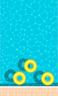 Pierścień unoszący się w orzeźwiającym niebieskim basenie