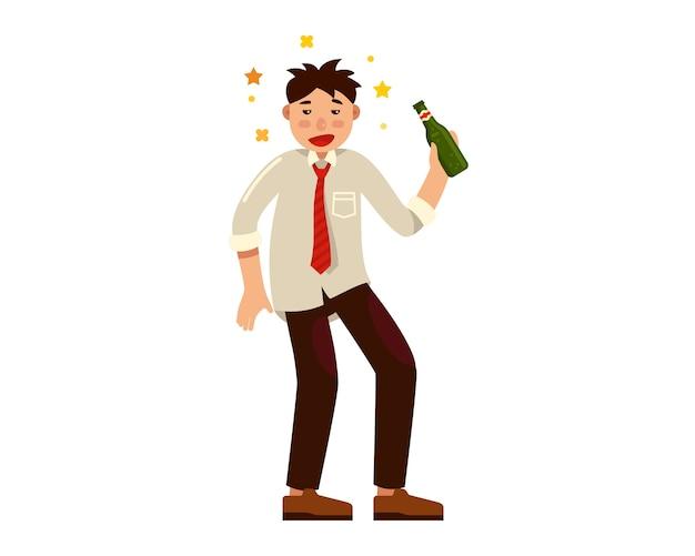 Pijany mężczyzna z butelką alkoholu w ręku