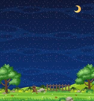 Pionowa scena natury lub krajobraz wiejski z widokiem na farmę i puste niebo w nocy