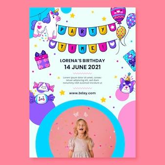 Pionowa ulotka urodzinowa dla dzieci