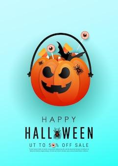 Pionowy plakat horroru halloween z pomarańczową przerażającą twarzą dyni, kolorowymi cukierkami, nietoperzami na niebieskim tle.