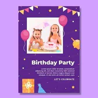 Pionowy szablon ulotki urodzinowej dla dzieci